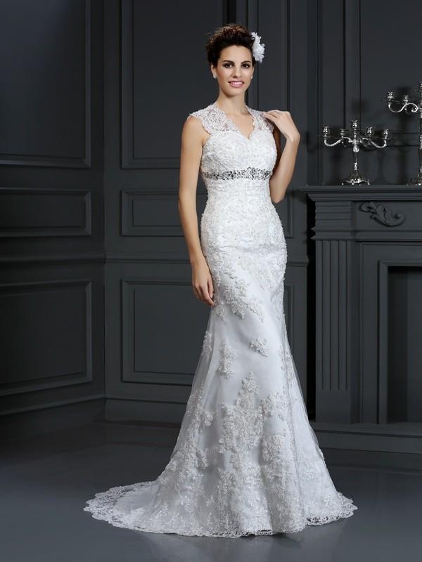 Sheath/Column Sleeveless Beading Sweep/Brush Train V-neck Lace Wedding Dresses