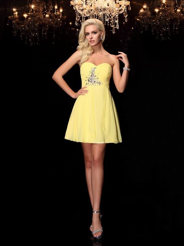 A-Line/Princess Rhinestone Short/Mini Sweetheart Sleeveless Chiffon Cocktail Dresses