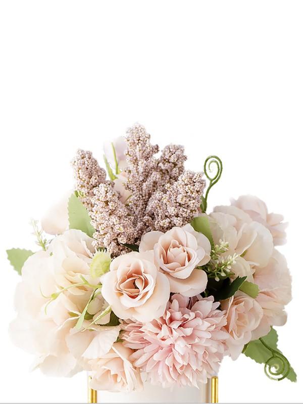 Free-Form Silk Flower Charming Bridal Bouquets