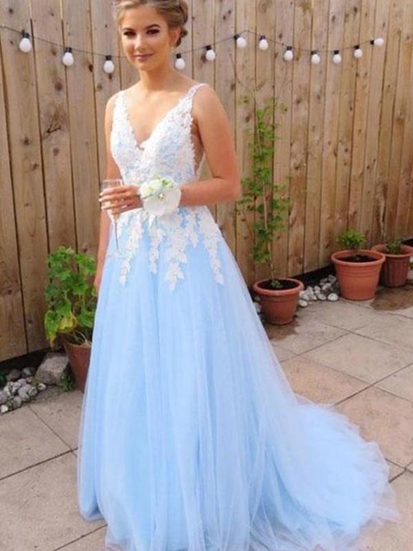 A-Line/Princess V-neck Applique Sleeveless Sweep/Brush Train Tulle Dresses