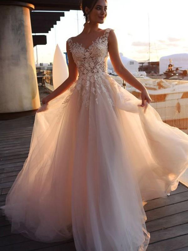 A-Line/Princess Short Sleeves Bateau Applique Sweep/Brush Train Tulle Wedding Dresses