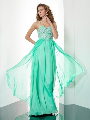 A-Line/Princess Chiffon Halter Sweep/Brush Train Beading Applique Sleeveless Dresses