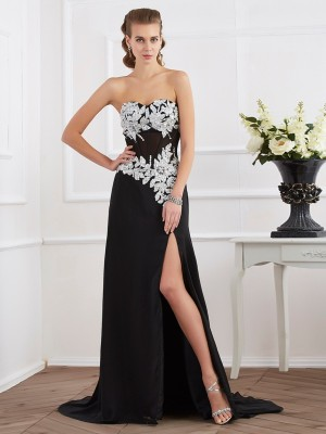 Sheath/Column Chiffon Sweetheart Floor-Length Beading Applique Sleeveless Dresses