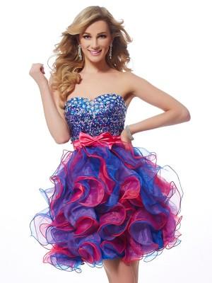 A-Line/Princess Organza Sweetheart Short/Mini Sequin Sleeveless Cocktail Dresses