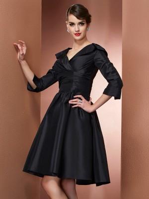A-Line/Princess V-neck 3/4 Sleeves Short/Mini Black Mother of the Bride Dresses