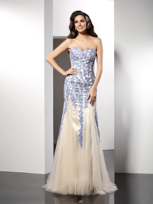 Trumpet/Mermaid Sleeveless Applique Sweep/Brush Train Sweetheart Tulle Dresses