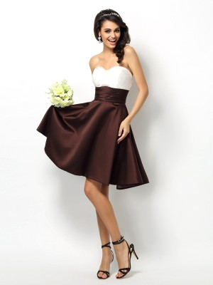 A-Line/Princess Sleeveless Pleats Short/Mini Sweetheart Satin Bridesmaid Dresses