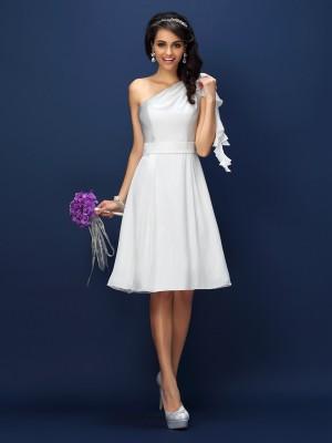 A-Line/Princess Sleeveless Knee-Length One-Shoulder Chiffon Bridesmaid Dresses