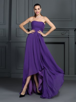 A-Line/Princess Sleeveless Pleats Asymmetrical Strapless Chiffon Cocktail Dresses