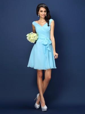 A-Line/Princess Sleeveless Pleats Bowknot Short/Mini V-neck Chiffon Bridesmaid Dresses