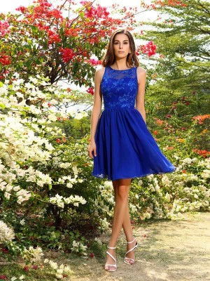 A-Line/Princess Sleeveless Applique Knee-Length Bateau Chiffon Bridesmaid Dresses