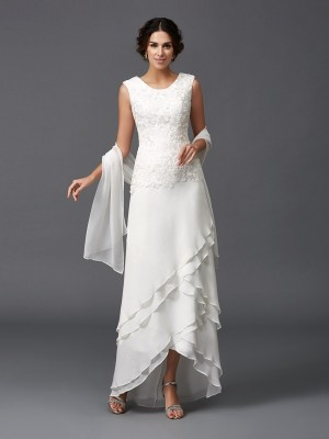 A-Line/Princess Lace Asymmetrical Scoop Sleeveless Chiffon Mother of the Bride Dresses