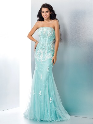 Trumpet/Mermaid Applique Floor-Length Strapless Sleeveless Lace Dresses