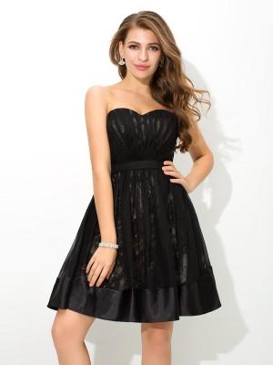 A-Line/Princess Lace Short/Mini Sweetheart Sleeveless Chiffon Cocktail Dresses