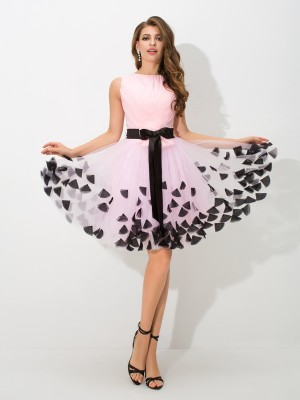 A-Line/Princess Bowknot Short/Mini High Neck Sleeveless Net Cocktail Dresses