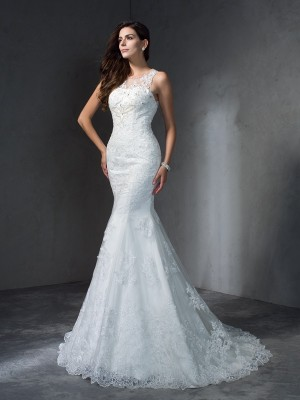 Trumpet/Mermaid Applique Court Train Scoop Sleeveless Lace Wedding Dresses