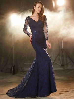 Trumpet/Mermaid V-neck Sleeveless Lace Sweep/Brush Train Applique Dresses