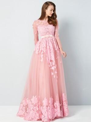 A-Line/Princess Scoop 3/4 Sleeves Tulle Floor-Length Applique Dresses