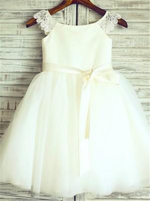 A-line/Princess Sleeveless Tulle Knee-Length Sash/Ribbon/Belt Scoop Flower Girl Dresses