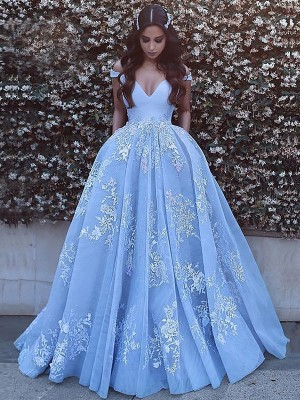 Ball Gown Sweep/Brush Train Tulle Sleeveless Off-the-Shoulder Applique Dresses
