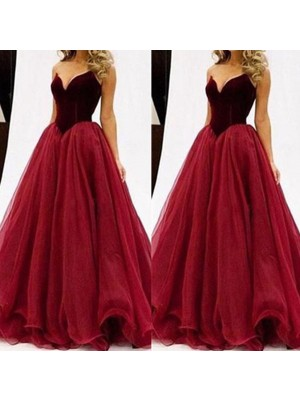 Ball Gown Floor-Length Tulle Sleeveless Sweetheart Dresses