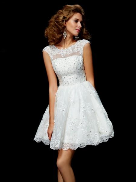 A-Line/Princess Organza V-neck Short/Mini Applique Short Sleeves Cocktail Dresses