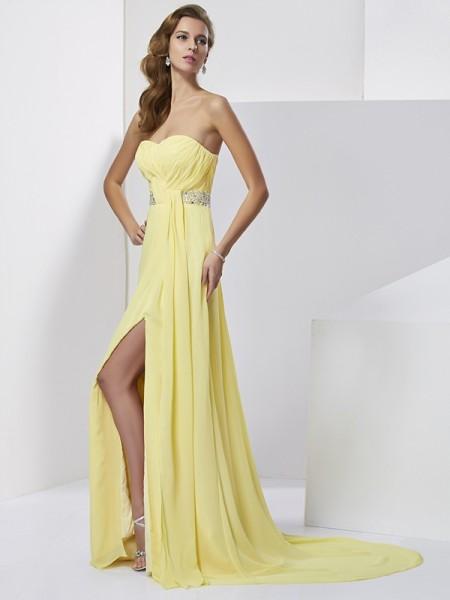 Sheath/Column Chiffon Sweetheart Sweep/Brush Train Beading Sleeveless Dresses
