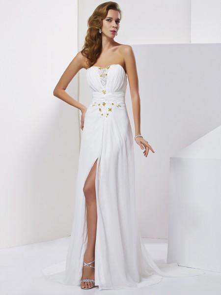 A-Line/Princess Chiffon Sweetheart Sweep/Brush Train Beading Applique Sleeveless Dresses