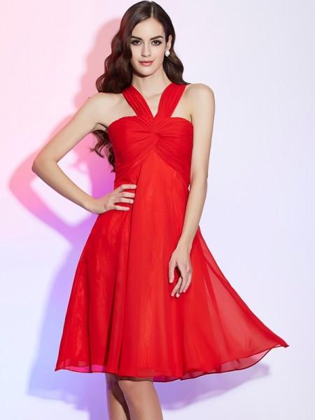 A-Line/Princess Chiffon Halter Knee-Length Pleats Sleeveless Bridesmaid Dresses