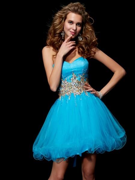 A-Line/Princess Net Sweetheart Short/Mini Beading Sleeveless Cocktail Dresses