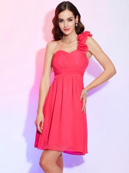 A-Line/Princess Chiffon One-Shoulder Knee-Length Pleats Sleeveless Cocktail Dresses