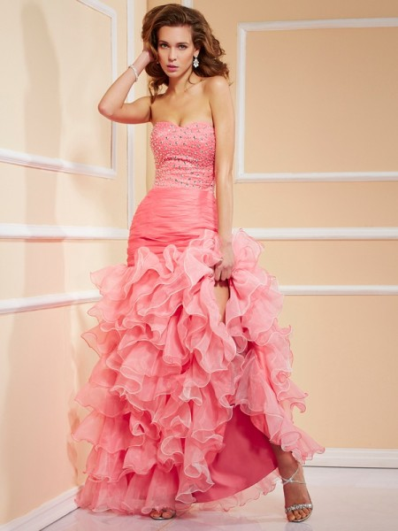 Trumpet/Mermaid Organza Sweetheart Asymmetrical Ruffles Beading Sleeveless Dresses