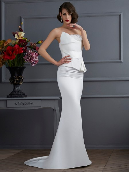 Trumpet/Mermaid Satin Strapless Sweep/Brush Train Hand-Made Flower Sleeveless Dresses
