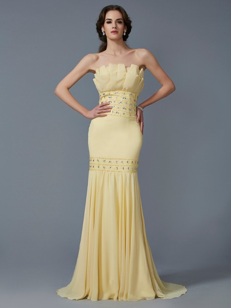 Trumpet/Mermaid Chiffon Strapless Sweep/Brush Train Beading Sleeveless Dresses
