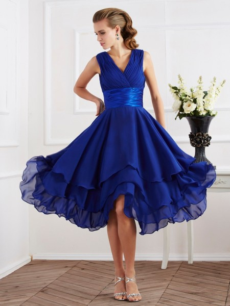 A-Line/Princess Chiffon V-neck Tea-Length Pleats Short Sleeves Bridesmaid Dresses