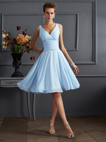 A-Line/Princess Chiffon V-neck Knee-Length Pleats Sleeveless Bridesmaid Dresses