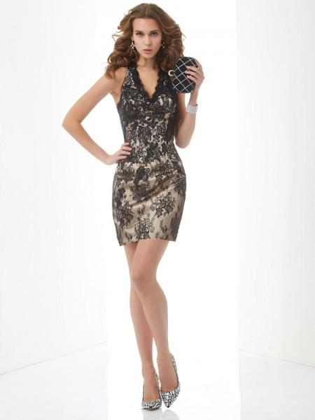 Sheath/Column Lace Halter Short/Mini Lace Sleeveless Cocktail Dresses
