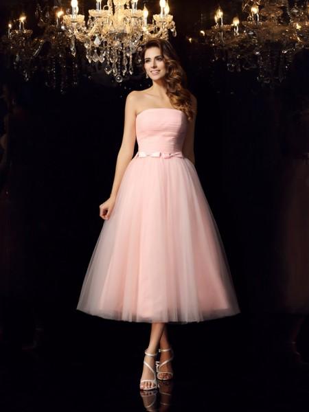 Ball Gown Sleeveless Sash/Ribbon/Belt Tea-Length Strapless Satin Dresses