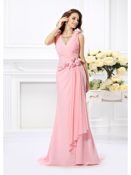 Trumpet/Mermaid Sleeveless Hand-Made Flower Sweep/Brush Train V-neck Chiffon Bridesmaid Dresses