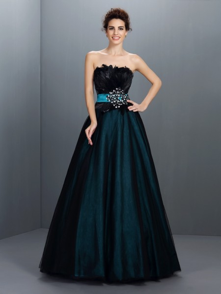 Ball Gown Sleeveless Feathers/Fur Floor-Length Strapless Elastic Woven Satin Dresses