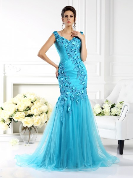 Trumpet/Mermaid Sleeveless Applique Sweep/Brush Train Straps Silk like Satin Dresses