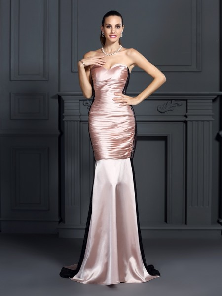 Trumpet/Mermaid Sleeveless Lace Sweep/Brush Train Sweetheart Taffeta Dresses