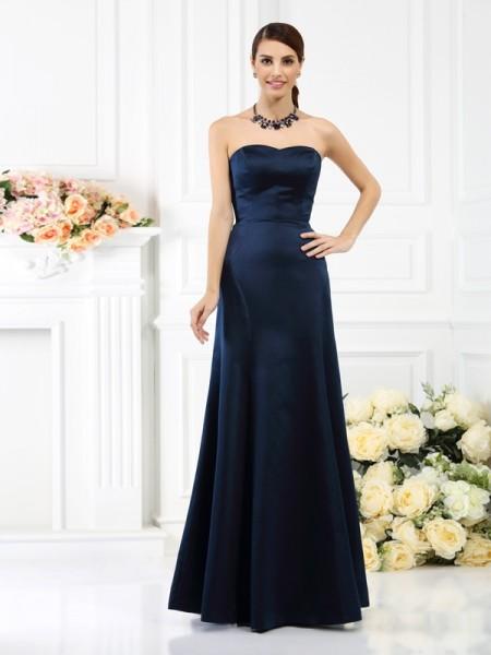 Sheath/Column Sleeveless Floor-Length Strapless Satin Bridesmaid Dresses