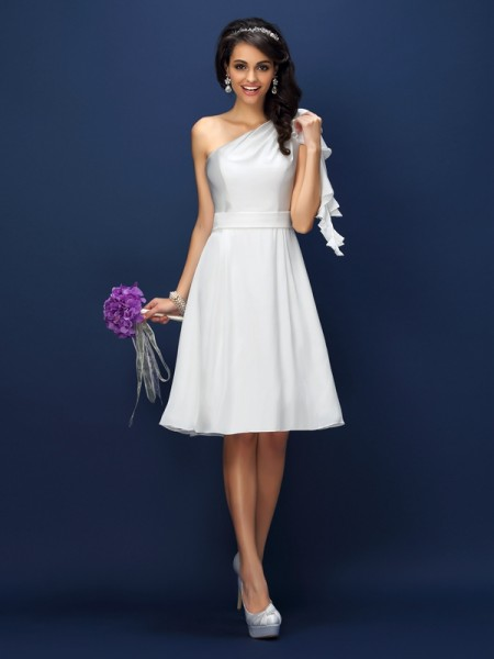 A-Line/Princess Sleeveless Knee-Length One-Shoulder Chiffon Bridesmaid Dresses