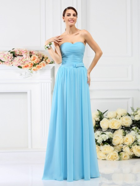A-Line/Princess Sleeveless Pleats Hand-Made Flower Floor-Length Sweetheart Chiffon Bridesmaid Dresses