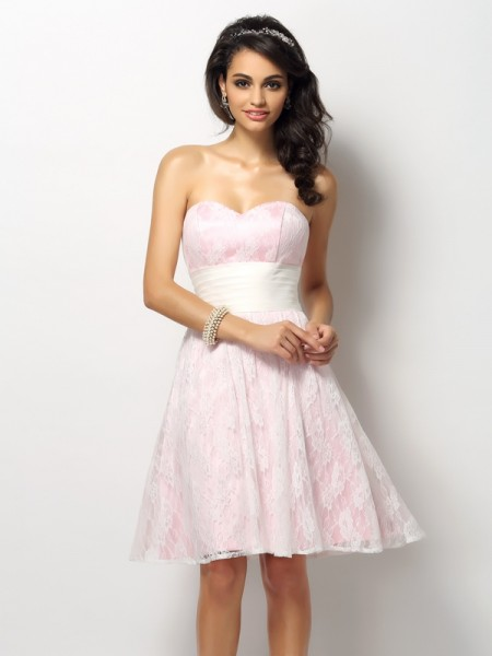 A-Line/Princess Sleeveless Lace Short/Mini Sweetheart Satin Bridesmaid Dresses