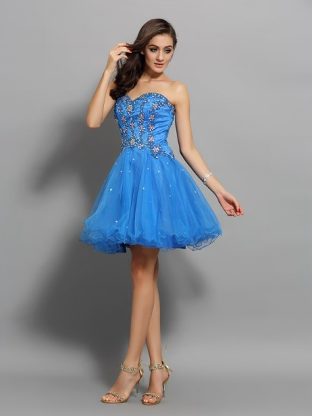 A-Line/Princess Sleeveless Beading Short/Mini Sweetheart Satin Cocktail Dresses