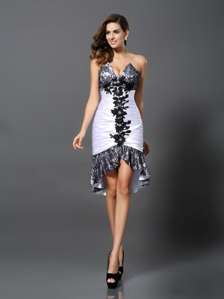 Sheath/Column Sleeveless Lace Asymmetrical Sweetheart Elastic Woven Satin Cocktail Dresses