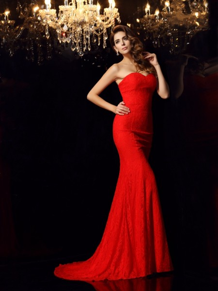 Trumpet/Mermaid Sleeveless Lace Court Train Sweetheart Lace Dresses