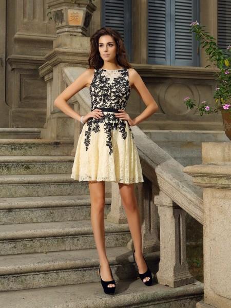 A-Line/Princess Sleeveless Applique Short/Mini Scoop Lace Cocktail Dresses
